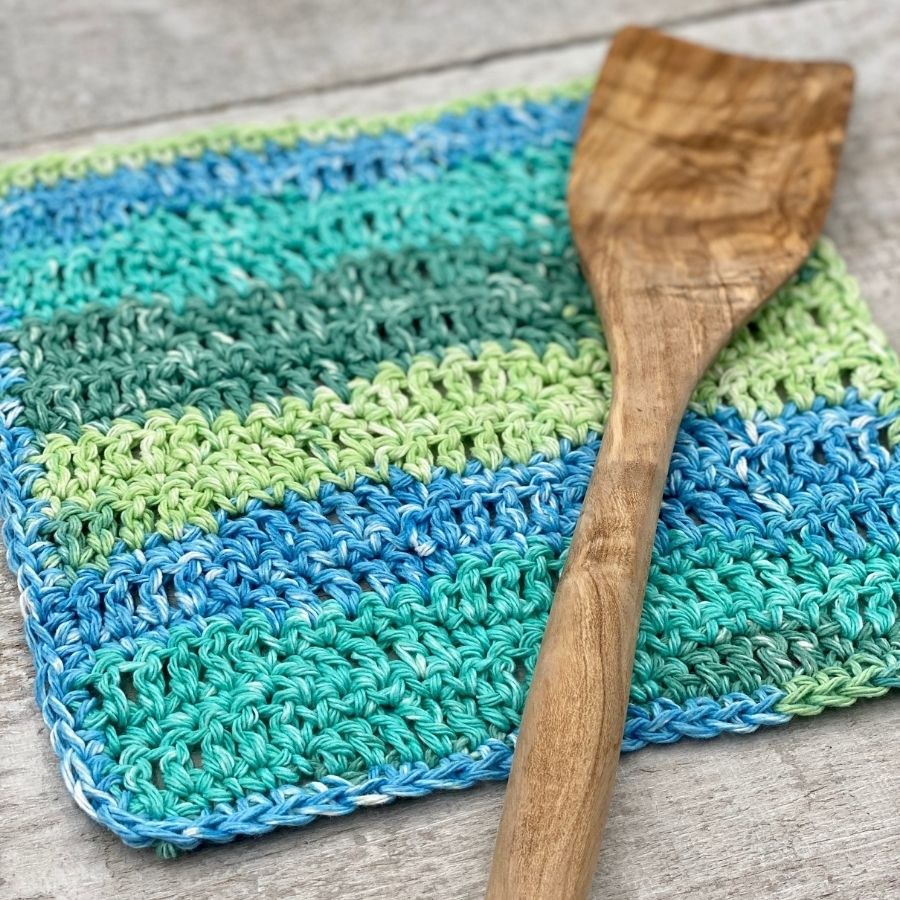 Just a Pinch Dishcloth Free Crochet Pattern and Video Tutorial